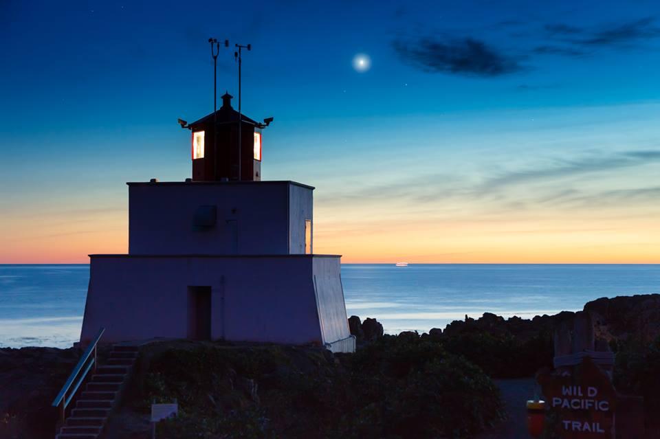 lighthousetwilightvenus
